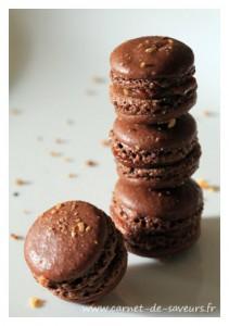 Macarons choco-praliné-noisette